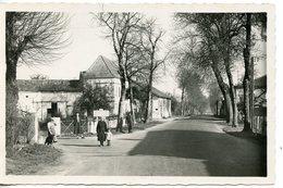 451. CPSM 17 POUILLAC. LE CARREFOUR ROUTE BORDEAUX-PARIS - Autres Communes