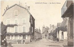 Dépt 89 - BLÉNEAU - La Rue Du Château - Toulot, éditeur - ND Phot N° 10 - Bleneau