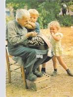 METIER - DENTELLIERE Et Son  CARREAU (dentelle Artisan  Enfants) Photo FRANCIS DEBAISIEUX 18 *PRIX FIXE - Artisanat