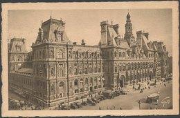 PARIS - L'Hôtel De Ville - France