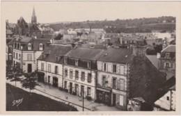 Cpsm Petit Format PONTIVY - Rue Du Maréchal Pétain - Pontivy