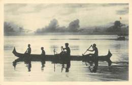 CAROLINES  CANAQUES - PIROGUE   JESUITES MISSIONNAIRES - LYON - Micronesië