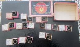 11 Mini Bobines De Film En Couleur Thèmes Divers Fables-Sites Pathéorama (voir Photos)12 Boites Une Vide Années 50 - 35mm -16mm - 9,5+8+S8mm Film Rolls
