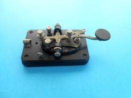 ORIGINAL VINTAGE TELEGRAPH .... Paddle Morse Code Key * Télégraphe Telegrafo Telegraaf Britte телеграф - Appareils