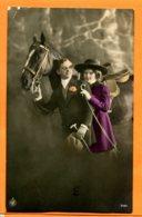 VAL149,Belle Fantaisie, Couple Avec Un Cheval, Cane, Chapeau, 3431,circulée 1922 - Cavalli