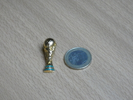FOOTBALL  ARTHUS BERTRAND.COUPE DU MONDE WORLD CUP . 3D. - Football