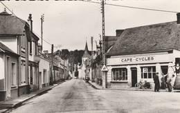 Allonnes  - Cpsm Petit Format  - Rue Principale - (café Cycle , Pompe à Essence ) - Allonnes