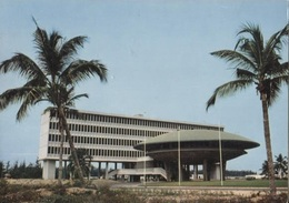 CPM - COTONOU - CONSTRUCTION MODERNE - Edition HOA-QUI - Benin