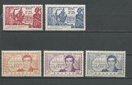 SOUDAN FRANCAIS Scott 113-115, 116-117 Yvert 100-102, 103-104 (5) ** 6,00 $ 1939 - Neufs