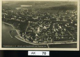 AK070, Friedrichshafen, Altstadt Und Zeppelinwerft - Vom Flugzeug Aus - Friedrichshafen