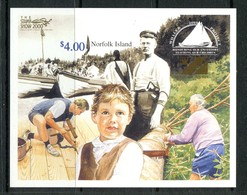 Norfolk Island 2000 The Stamp Show - Whaler Project 2000 MS MNH (SG MS732) - Norfolk Island