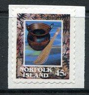 Norfolk Island 2000 Eighth Pacific Arts Festival - Self-adhesive MNH (SG 735) - Isla Norfolk
