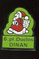 Pin's - Pére Noel DINAN - Bretagne - Christmas