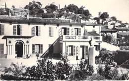 06 - VILLENEUVE LOUBET L'Hotel De Ville - Monument Escoffier - CPSM Dentelée N/B Format CPA 1963 - Alpes Maritimes - Frankreich