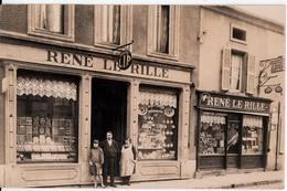 CARTE PHOTO DE MAGASIN BIJOUTERIE HORLOGERIE -RENE LE RILLE - Cartes Postales
