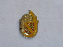 Pin's SAPEURS POMPIERS DE CHALAMPE - Firemen