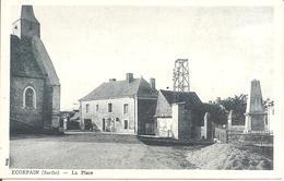ECORPAIN (72) La Place En 1946  (Carte Pas Courante) - France