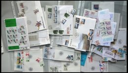 SAMMLUNGEN, LOTS Brief,o,** , 1980-90, Partie Diverser Ausgaben, Fast Nur Auf FDC`s Und Einzelmarken, Dazu Einige Marken - Sammlungen
