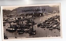 CPA PHOTO - CHINE (HONG-KONG) - ABERDEEN Vers 1940 1950 Environ Ecriture En CHINOIS Au Verso - Chine (Hong Kong)