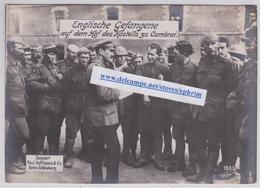 CAMBRAI (Nord) - Cpa Grande Guerre Prisonniers Anglais Dans La Cour Du Fort - British Troops Prisoner Prisoners WW1 - Cambrai