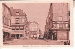 14DB01H44 CPSMPF 14 - HONFLEUR   PLACE HAMELIN  HOTEL DE LA PAIX      NV - Honfleur