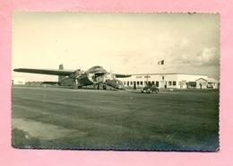 AEROPORT DE CALAIS MARCK - EMBARQUEMENT - BRISTOL 170 SILVER CITY - CLICHE TOP Editeur - COUDEKERQUE - Luftfahrt