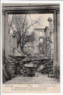 Cpa Reims Bombarde Rue Saint Symphorien - Weltkrieg 1914-18