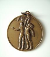 1955 -56 2° PROPAGANDA BASKETBALL PALLACANESTRO DA BARI ITALIA ATHLETICS ATLETIC  SPORT MEDAGLIA MEDAL - Athlétisme