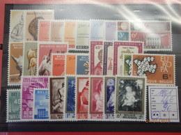 Compleet 1961 Postfris** à 15% Zie Foto - Jahressätze