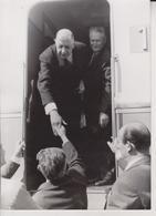 Voyage Du General De Gaulle  L'AUTORAIL  A CHATILLON SOUS VENDELAIS - War, Military