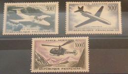 FRANCE N°35-37 N**  Cote 110€ - 1927-1959 Neufs
