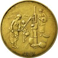 Monnaie, West African States, 10 Francs, 1981, Paris, TB+, Aluminum-Bronze - Ivory Coast