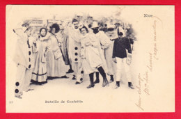 F-06-Nice-103P95  Le Carnaval, La Bataille De Confettis, Personnages Vétus En Pierrot, Cpa Précurseur - Karneval