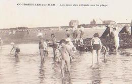 Calvados       1534        Courseulles-sur-mer.Les Jeux Des Enfants Sur La Plage - Courseulles-sur-Mer