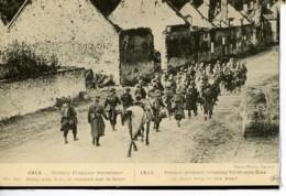 Dpt 51 Soisy Aux Bois Soldats Francais Traversant Le Village Guerre 14-18 - Altri Comuni