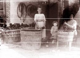 BISSEUIL FAMILLE DE VIGNERONS  1900 TIRAGE MODERNE D APRES PLAQUE ANCIENNE - Motos