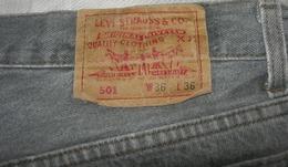 Pantalon Vintage LEVI STRAUSS 501 W 36  ( 1992) - Monsieur