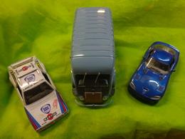Lot De 2 Voitures 1/24  -viper -lancia Delta S4 1/24 -camionnette C Renault 2009 1/20 Solido - Autres Collections