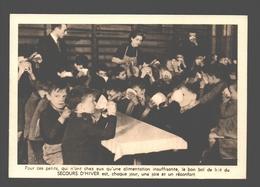 Secours D'Hiver / Winterhulp - Le Bol De Lait Aux Enfants Des écoles - War 1939-45