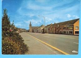 Cul-des-Sarts (Couvin)-1981-La Grande Place -Galeries Marée Sur La Droite - Cul-des-Sarts
