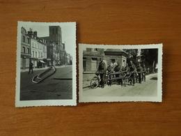 WW2 GUERRE 39 45 PHOTO SOLDATS ALLEMANDS PONT AUDEMER FAISANT DES EMPLETTES EXERCICE A VELO - Pont Audemer