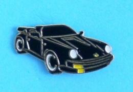 1 PIN'S //   ** PORSCHE 911 / CARRERA 3,2 / CABRIOLET NOIRE ** - Porsche