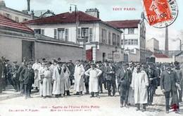 PARIS - Sortie De L'Usine Félix POTIN, Rue De L'Oureq (19 ème Arrt ) - Très Beau Plan Animé Couleurs - Arrondissement: 19