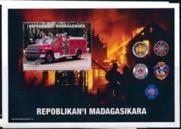 Madagascar 1999 Pompiers Fire Men  MNH - Firemen
