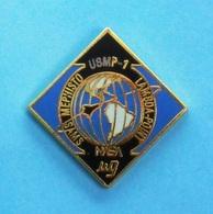 1 PIN'S //   ** NASA / USMP-1 / LAMDA-POINT / MEPHISTO SAMS ** - Espace