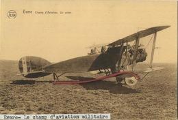 Evere : Champ D'Aviation . Un Avion   Militair - Evere