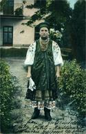 Russie  Petite Russe En Costume Traditionnel - Russia
