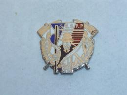 Pin's SAPEURS POMPIERS, S.N.S.P.P. - Firemen