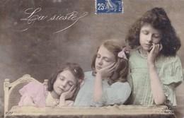 ENFANTS - La Sieste - Humorkaarten