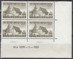 FINNLAND 474, 4erBlock Eckrand Ru Mit Druckdaum, Postfrisch **, Alte Kirche Von Lammi 1957 - Finland